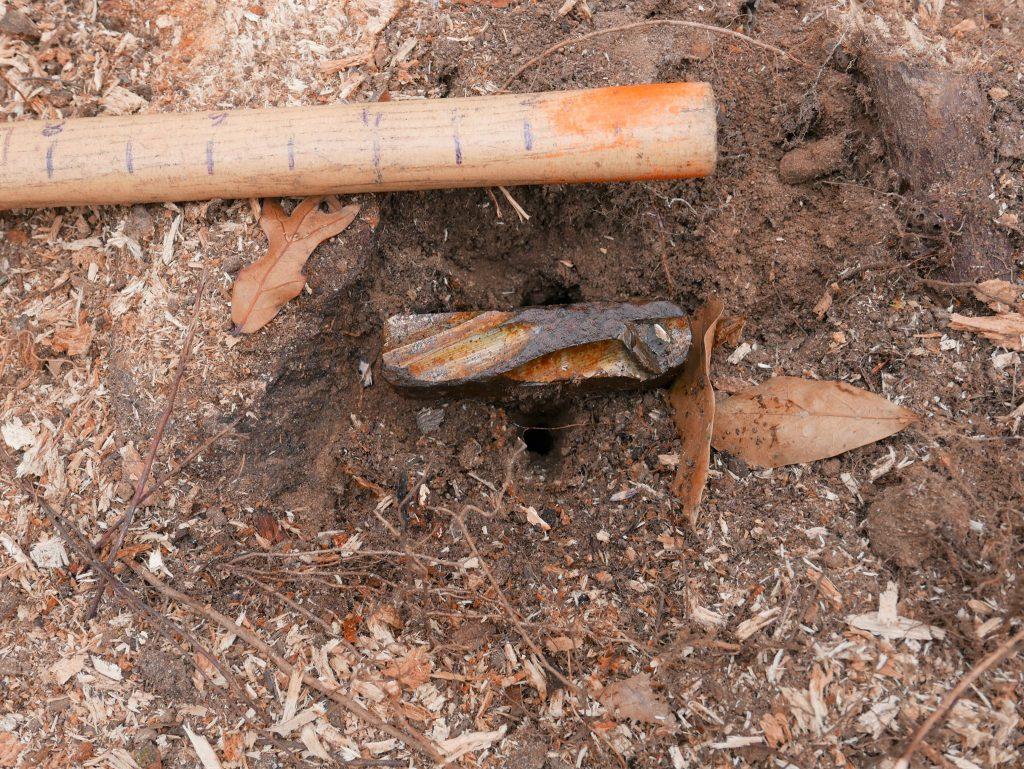 Unknown grave 120 pipe